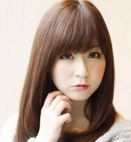 女生最新刘海发型 时尚显气质