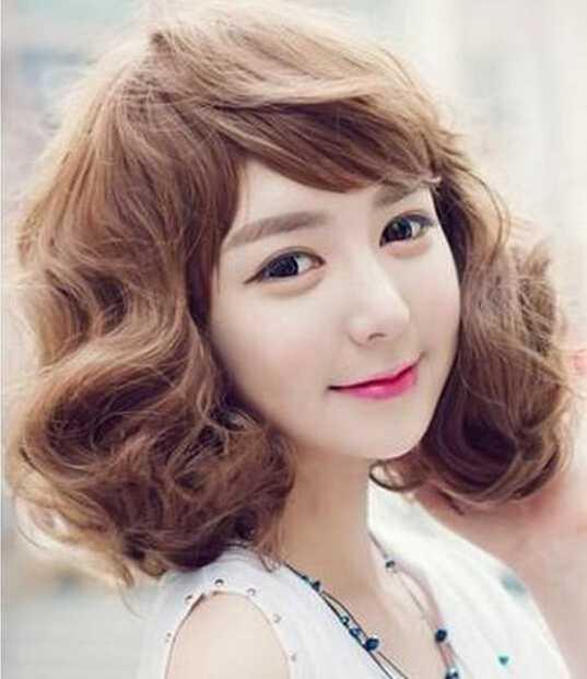 甜美韩式短卷发发型图片女