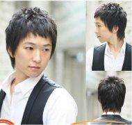 男生自然卷适合的发型