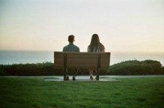 知心爱人甜蜜情侣图片_爱在日落黄昏时
